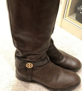 Tory Burch boots👢👢